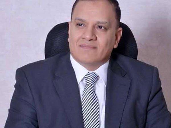 """مرشح محتمل للرئاسة: """"برنامجي يحل كل مشاكل مصر"""""""